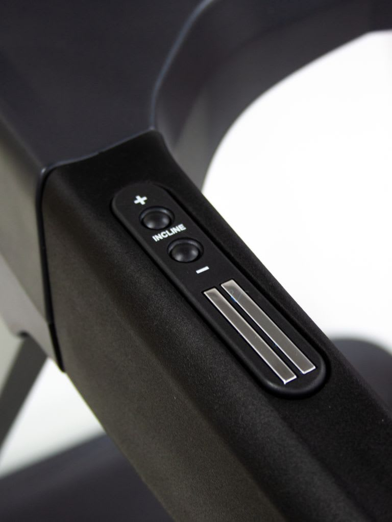 Nova 3.0 hp Smart Display Treadmill 5730TA