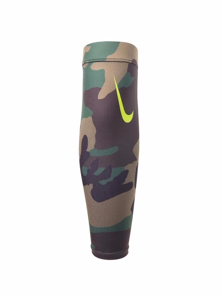 Pro Combat Amplified Arm Shiver 3.0