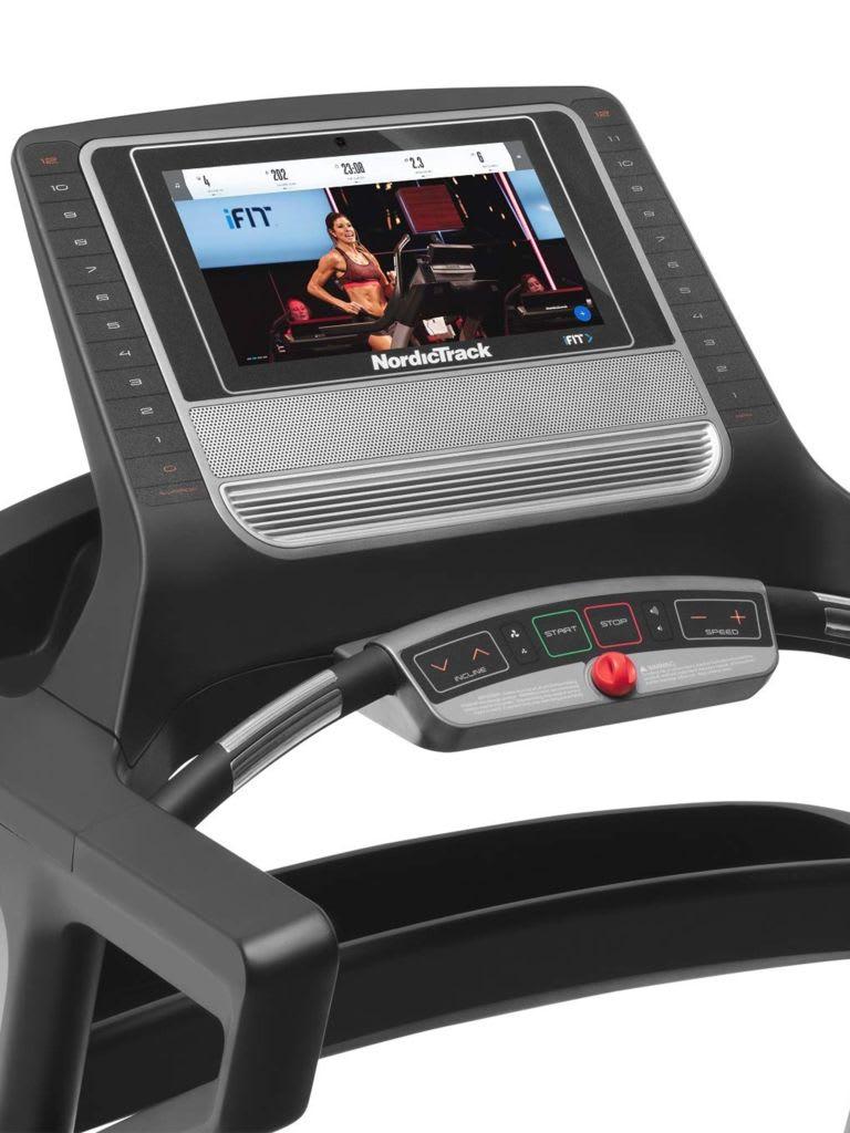 3.6 CHP DurX™ Treadmill T 9.5 S