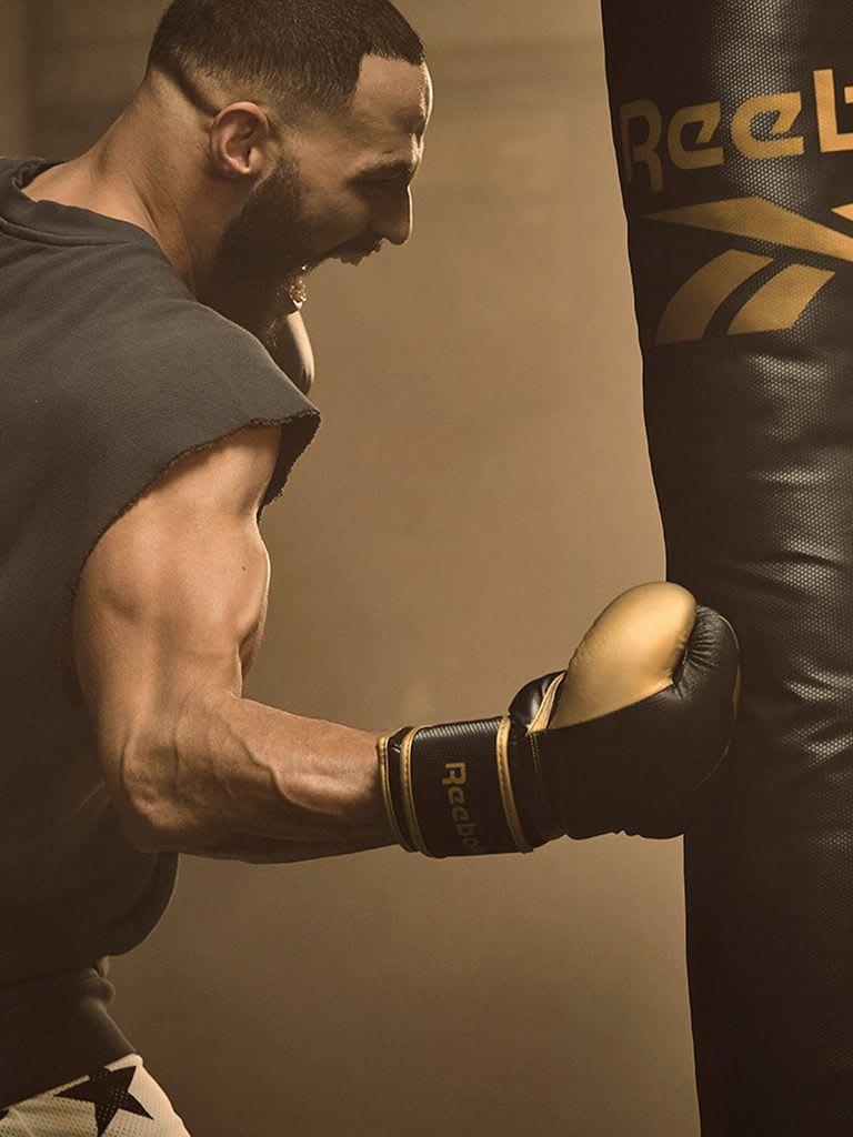 Punchbag + Boxing Gloves Set