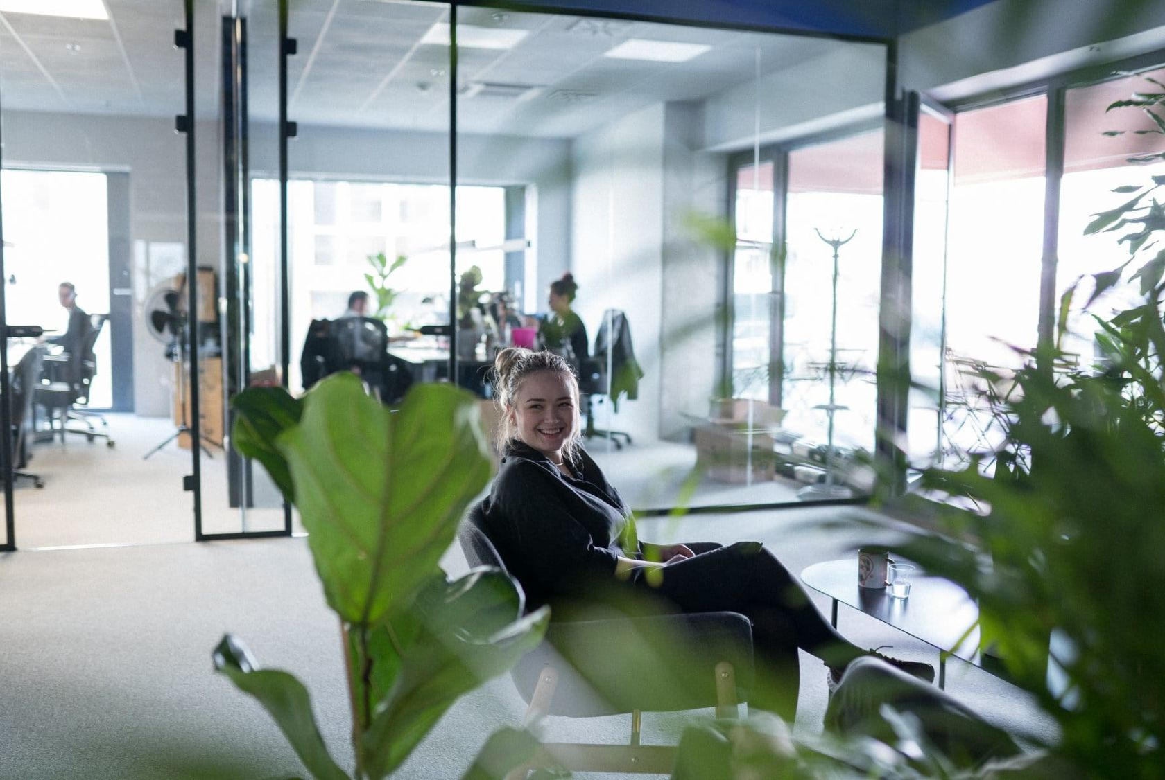 Having plants in the office makes us think better and take fewer sick leaves