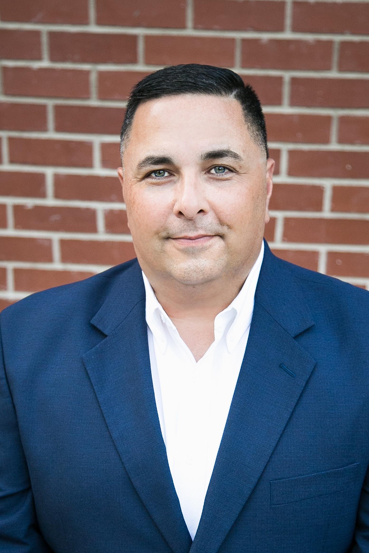 Gilbert Noriega - Farmers Insurance Agent in Visalia, CA