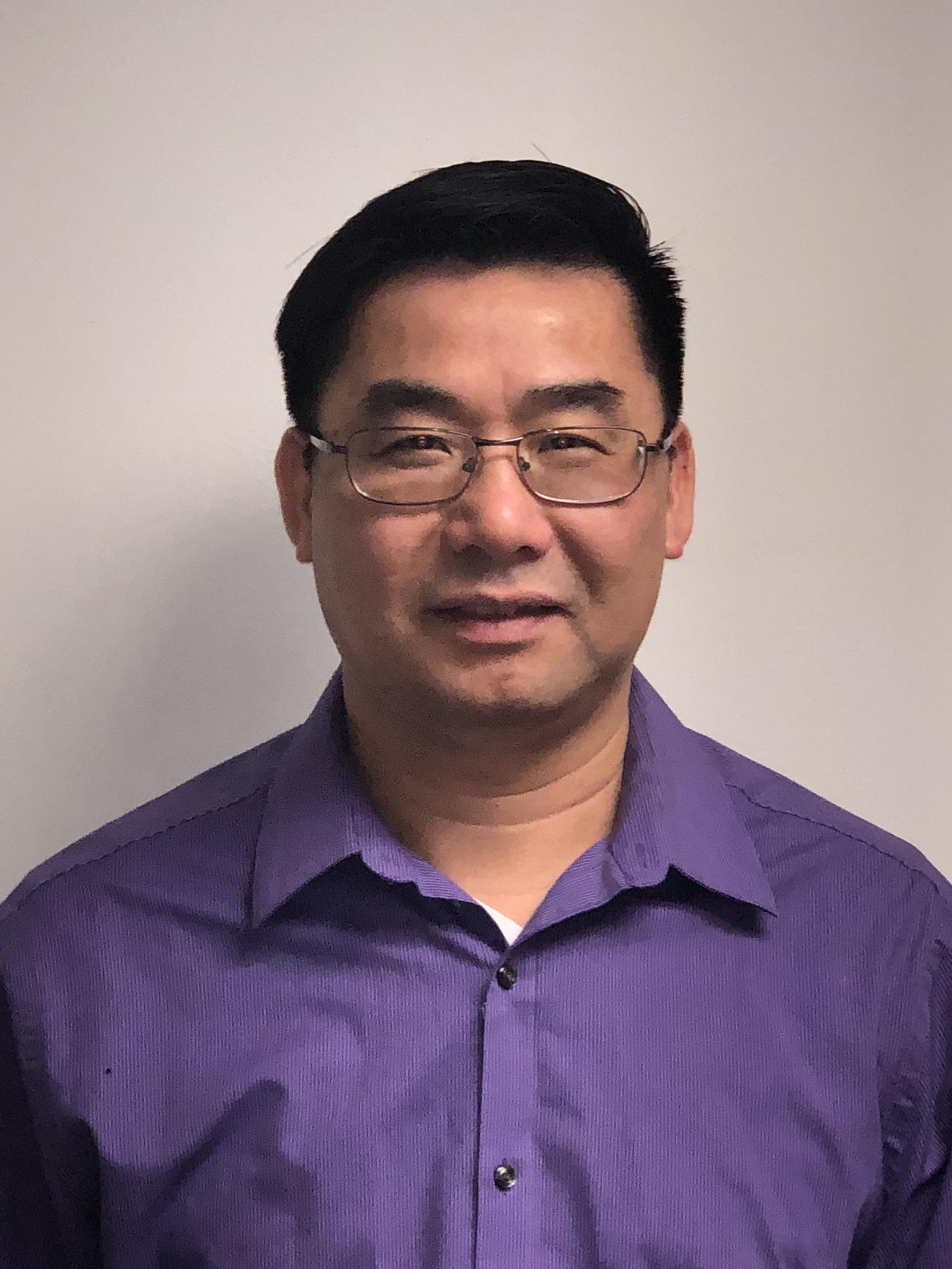 Simon Lau - Farmers Insurance Agent in Chicago, IL