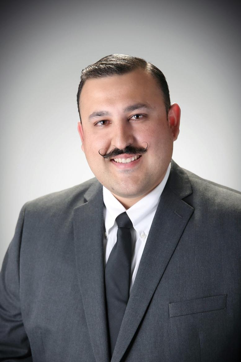 Saul Perez - Farmers Insurance Agent in Yakima, WA