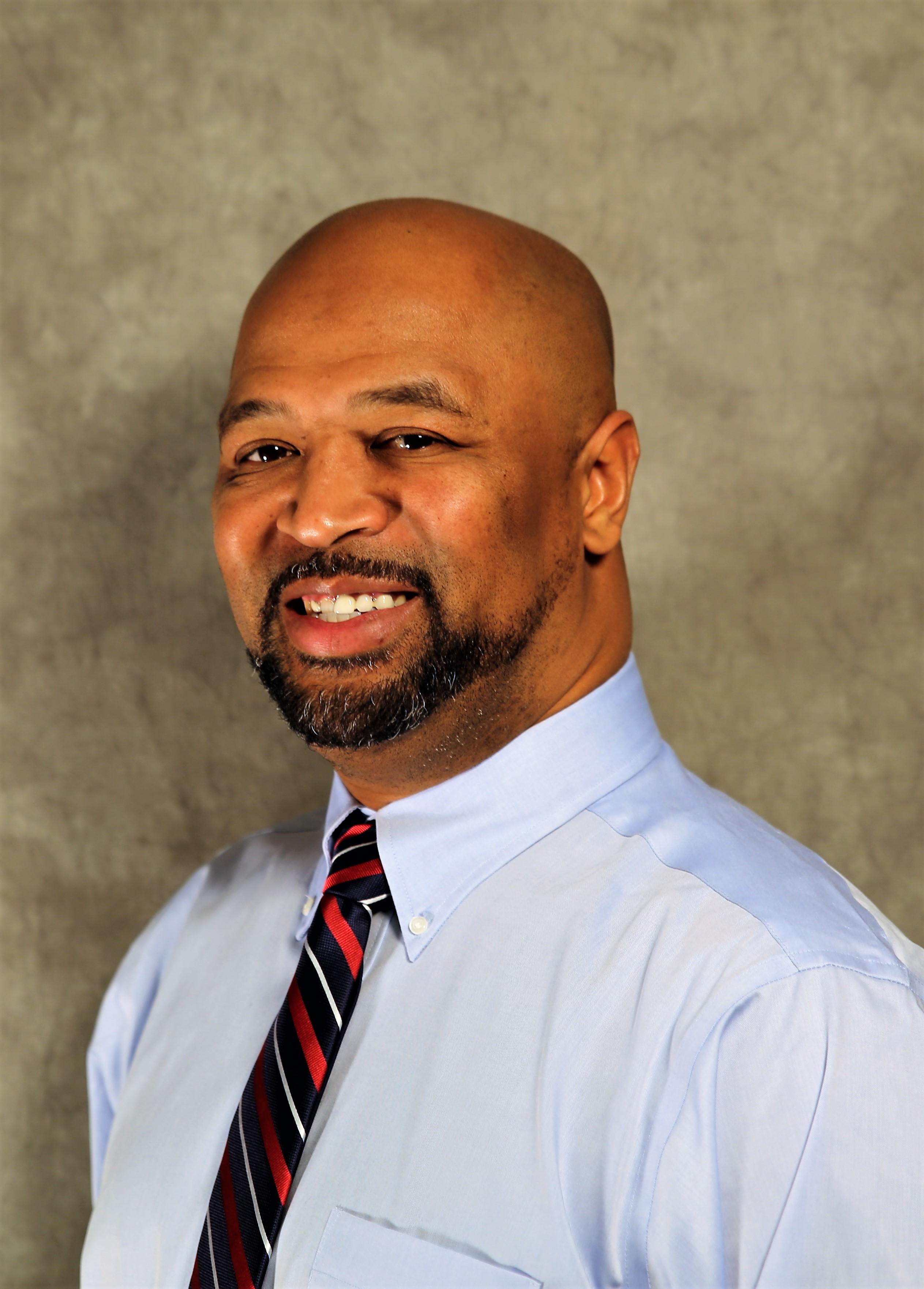 Larry Smith - Farmers Insurance Agent in Kansas City, MO