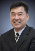 Photo of Kyung Kim