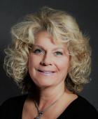 Photo of Lynn Thomas-Perry