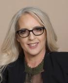 Photo of Shelley Medeiros
