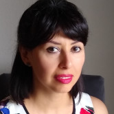 Photo of Analuz Zuniga