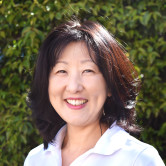 Photo of Julie Pak