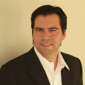 Photo of Carlos Rubi
