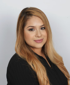 Photo of Alejandra Hernandez