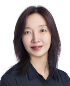 Photo of Elise Ma