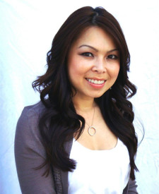 Photo of Debbie Nguyen