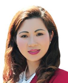 Photo of Jennifer Truong