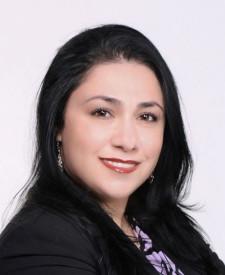 Photo of Claudia Chaparro