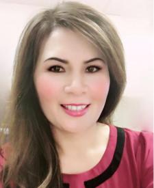 Photo of Theresa Nguyen