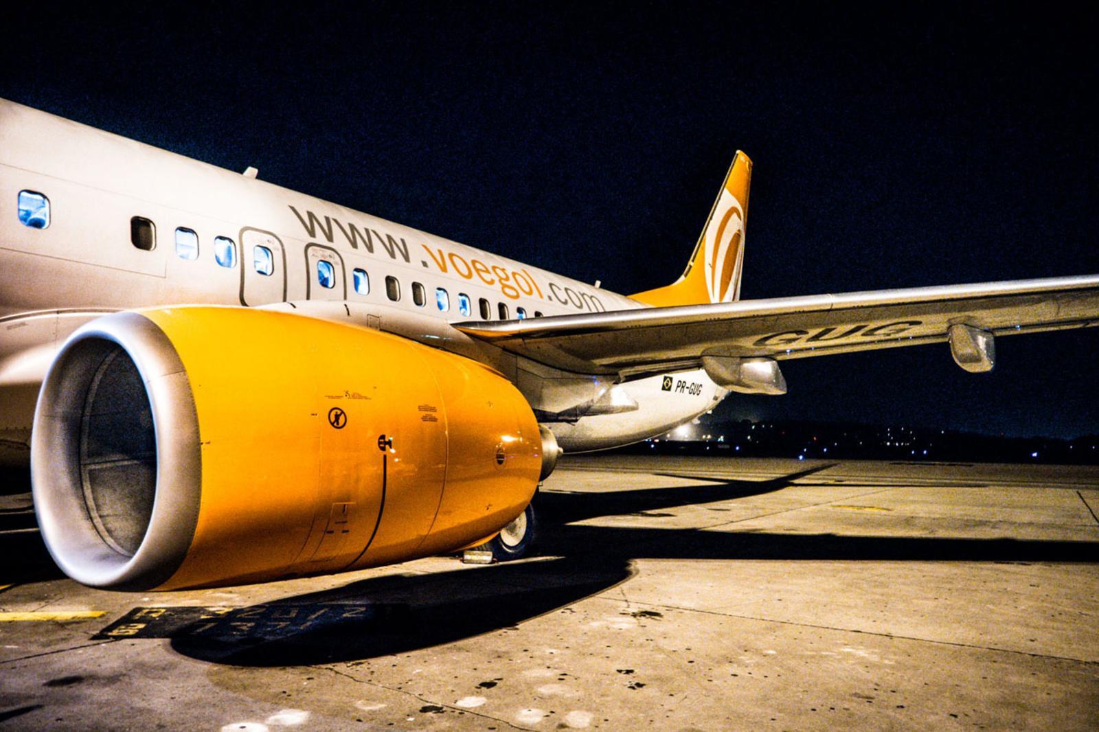 aviones V