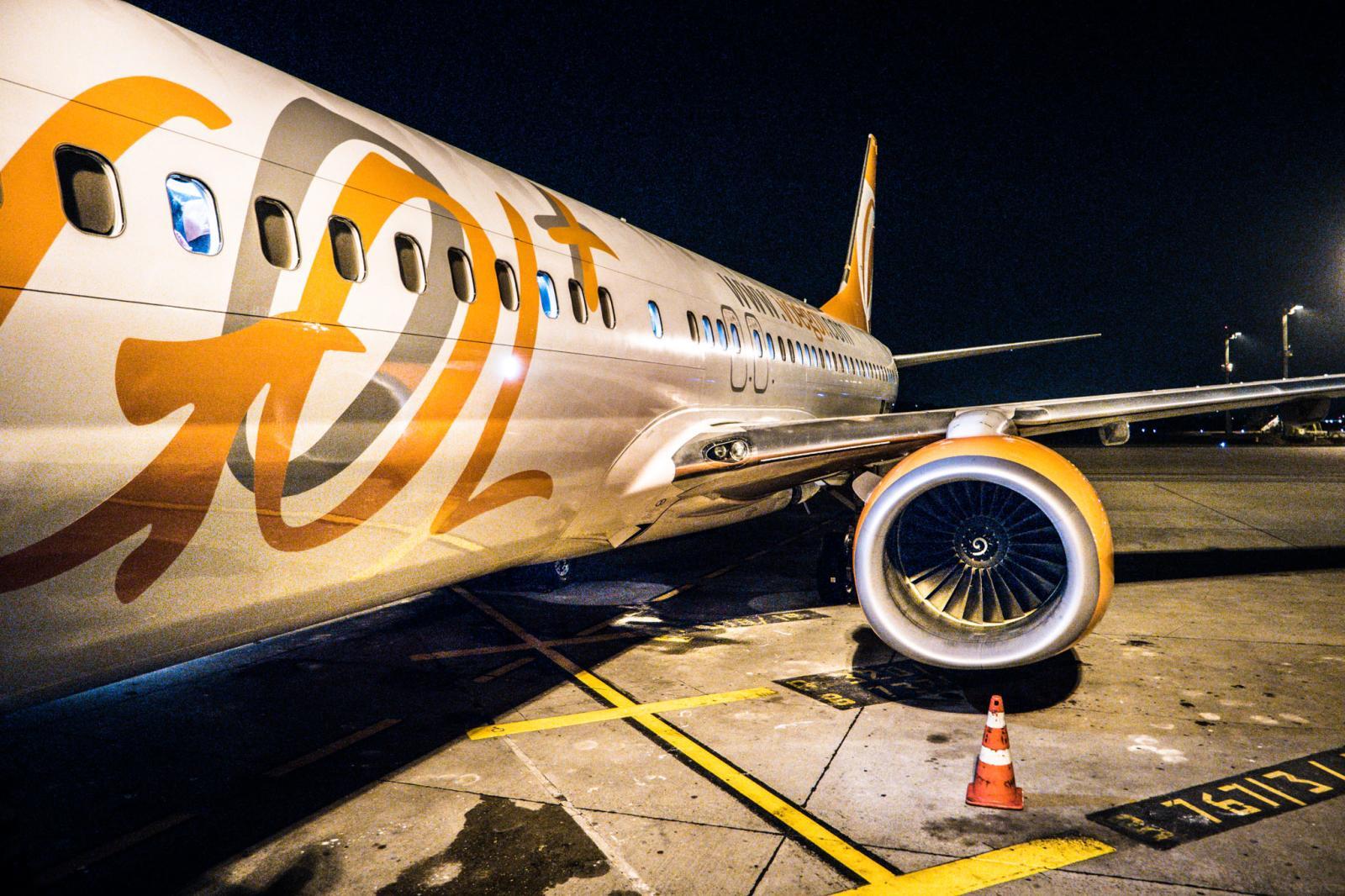 aviones III