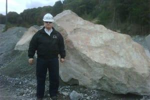 15-18 ton Barrier Boulder