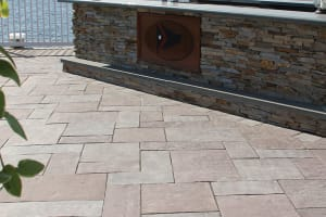 Bradstone Old Cathedral Lilac Blend