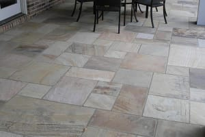 Pattern-cut Flagstone