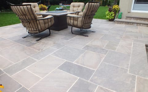 Patio with Pattern-Cut Flagstone