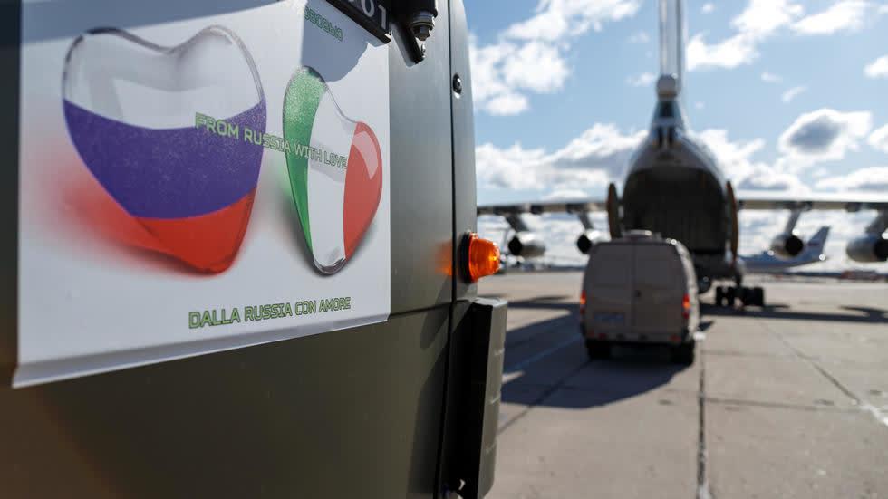 La Stampa: 80% российских поставок в Италию «бесполезны» для борьбы с COVID-19