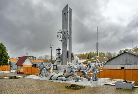 Совершенно секретно (Автоперевод): Чернобыль: ядерная катастрофа глазами советского Политбюро, КГБ и американской разведки