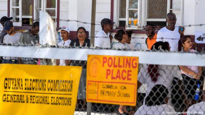 Гайана выслала троих выходцев из РФ по подозрению во вмешательстве в выборы