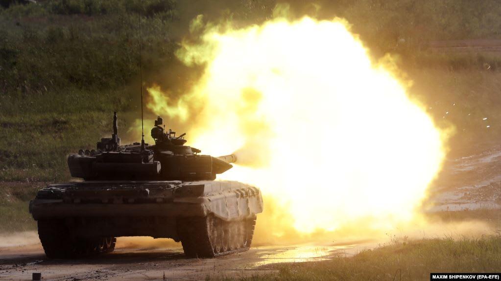 """Российский танк Т-72Б3 на показательных стрельбах в рамках международного форума """"Армия-2019"""", июнь 2019 года"""
