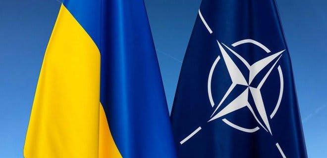 Украина получила статус партнера НАТО с расширенными возможностями