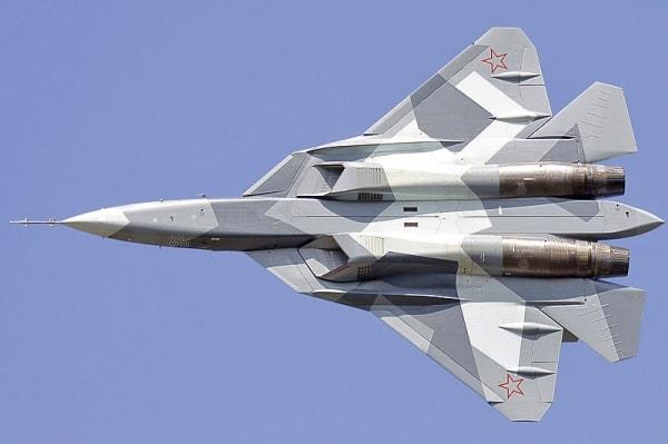 Вторжение российской военной авиации на территорию Украины начиналось именно так.