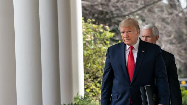 СМИ: Трамп хотел выкупить у Германии вакцину против коронавируса эксклюзивно для США.
