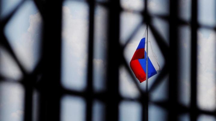 Отключение от SWIFT и наказание Медведчука: Конгрессмены хотят расширить санкции против РФ