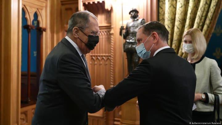 Путин ставит на немецких нацистов