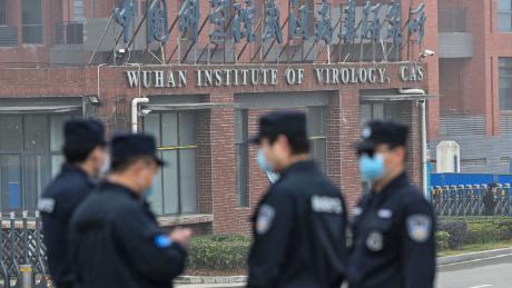 CNN: американская разведка получила генетические данные о вирусах в лаборатории в Ухане