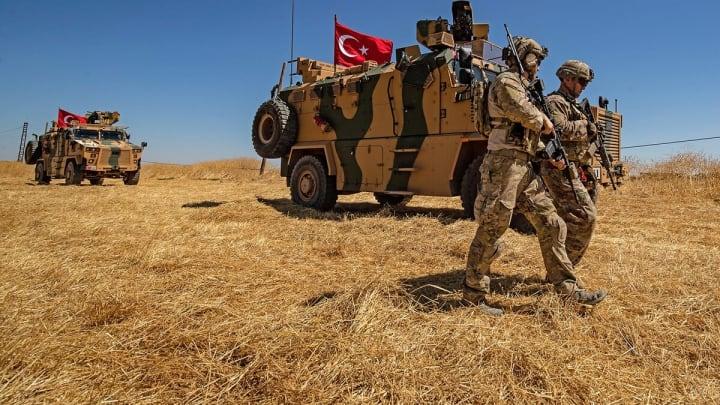 Атака РФ на турецких солдат: Посол США в НАТО не исключает вмешательства Альянса в конфликт в Сирии