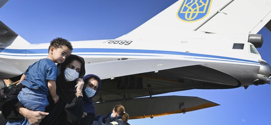 Спецслужбы РФ пытались помешать эвакуации граждан Украины из Афганистана