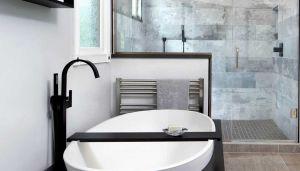 Monochromatic bathrooms