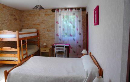 """Chambre d'hôtes à """"La Garrigue Haute"""" - 1"""
