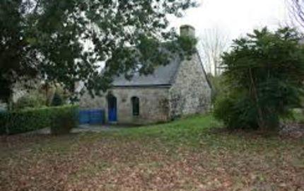 la petite maison dans la prairie , retour famille INGALLS en centre bretagne , avec spa privatif