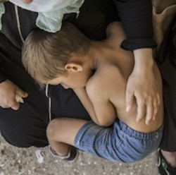 Bambini in fuga verso l'Europa
