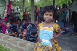Skoleutstyr til barn i Bangladesh
