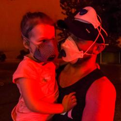Hjælp brand-ofrene i Australien