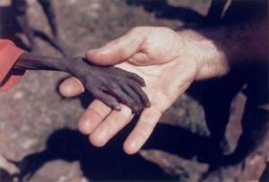 Støt UNICEF og hjælp børn i de fattigste lande