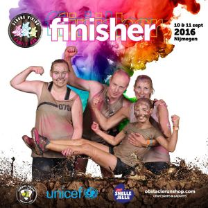 Familie Havekes in the modder for Unicef