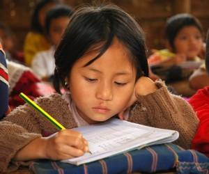 Flickors utbildning