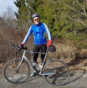Mamil AC - Pyöräillen syöpää vastaan