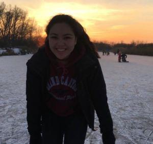 Mariko op schaatsen!